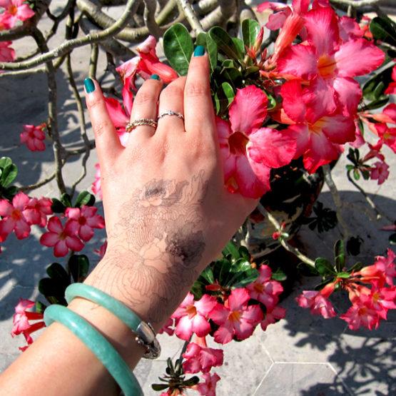 tatouages temporaires Hanoï nini peony